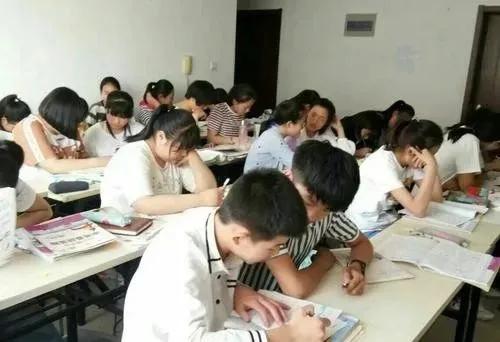 """气愤!济阳众旺学校发生""""花钱上学"""